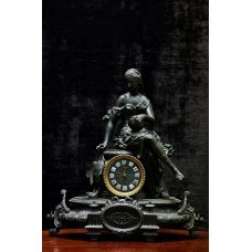 Antique spelter mantel clock