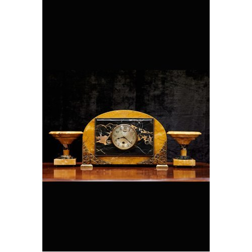 Art Deco marble mantel clock with 2 candlestick