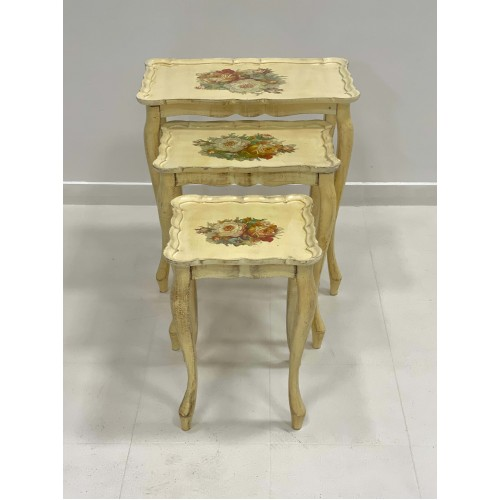 Table (3 pc)