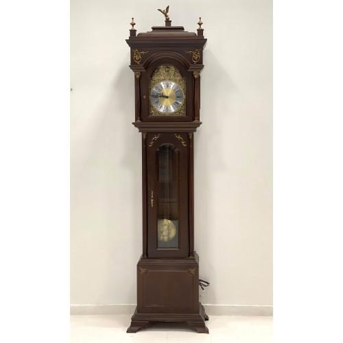 Floor clock