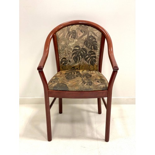 Chairs (25pc)