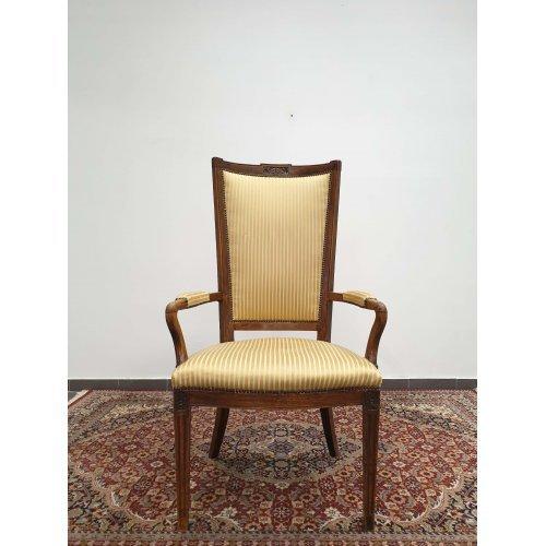 Antique oak chair