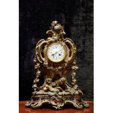 Rococo style gilded bronze mantel clock