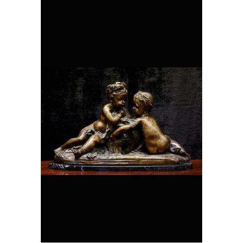 "Rococo style bronze figure ""sisters"""